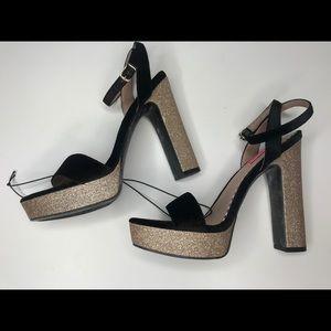 Betsey Johnson black velvety gold glitter heels 8M